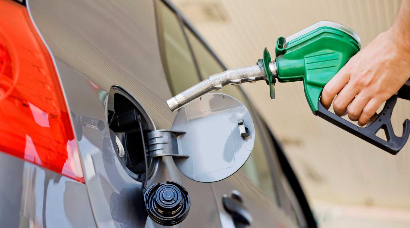 La venta de naftas en surtidores creció 5%