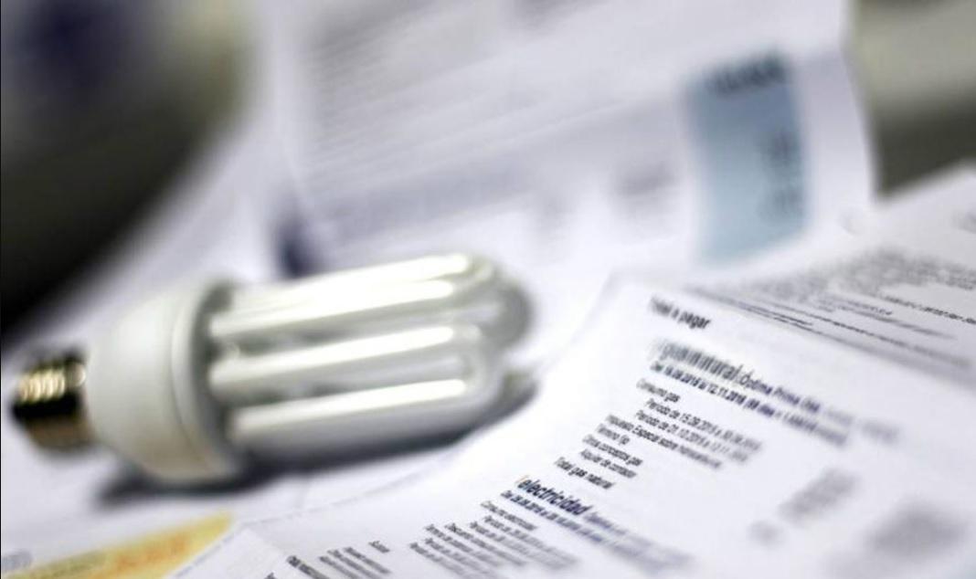 El Gobierno prorroga hasta fin de año la prohibición de cortar los servicios