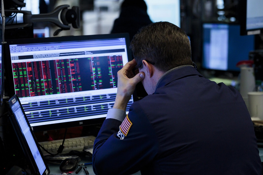 Wall Street borra las subas tras las advertencias de Powell