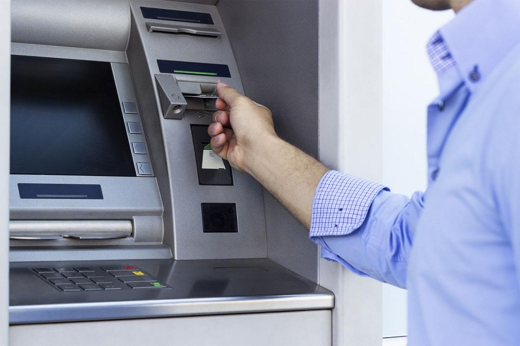 """Extracciones, """"cada banco establece su política para grandes sumas en pesos"""""""