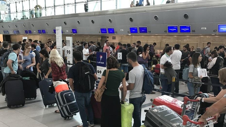 El Gobierno avanza junto a IATA para concretar la reactivación de vuelos en octubre