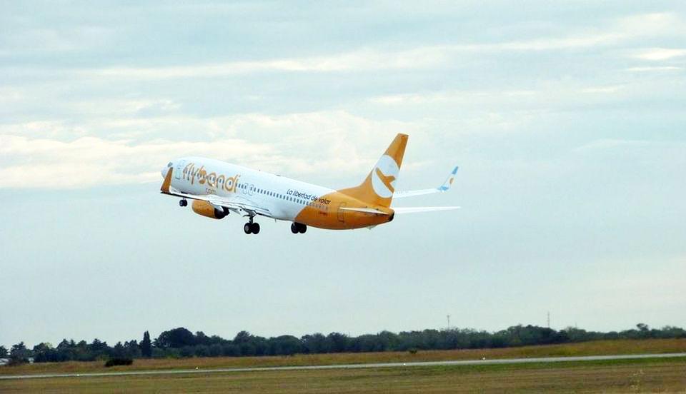 Jetsmart y Flybondi no retoman los vuelos de cabotaje