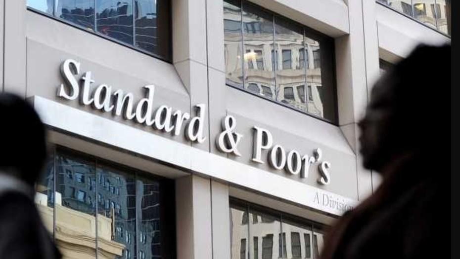 El S&P elevó la categoría de los nuevos Bonos Globales a CCC+