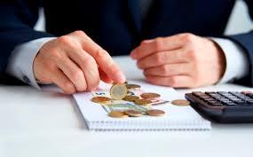 Empleo: cuatro horas semanales para cubrir impuestos