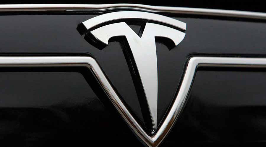 Tesla cae con fuerza en la preapertura por las declaraciones de Musk sobre el 'Battery Day'