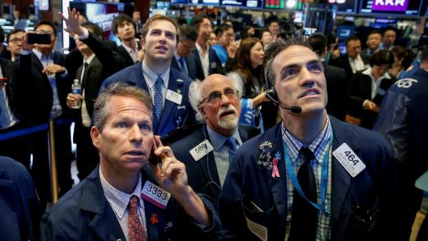 Cinco cuestiones de las que estar pendientes este martes en Wall Street
