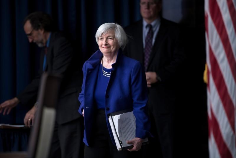 Janet Yellen advierte sobre el desplome de las criptomonedas