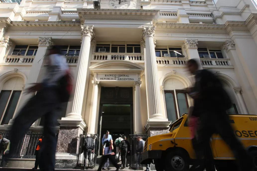 El Banco Central publicó varias excepciones al cepo cambiario