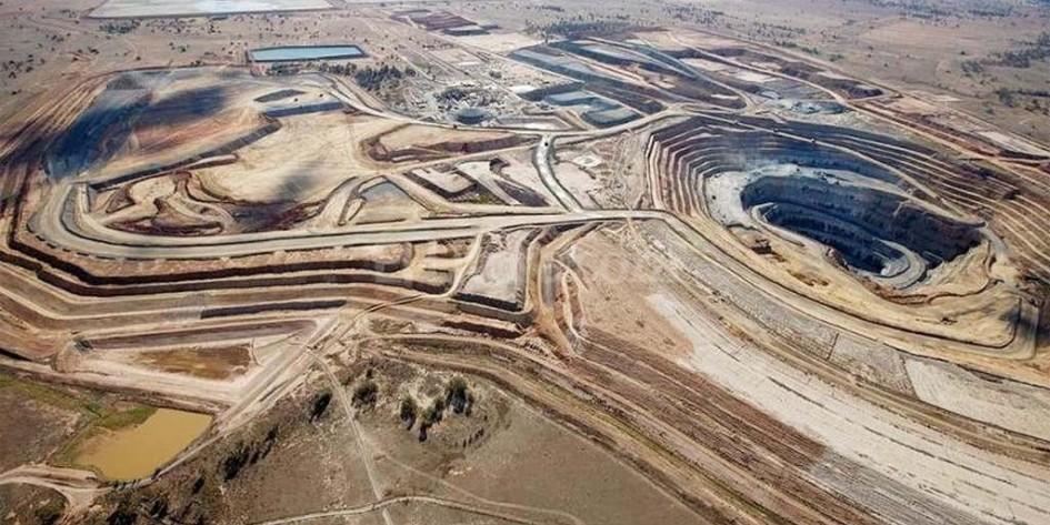 Barrick Gold  supera las estimaciones de ganancias por alza del oro