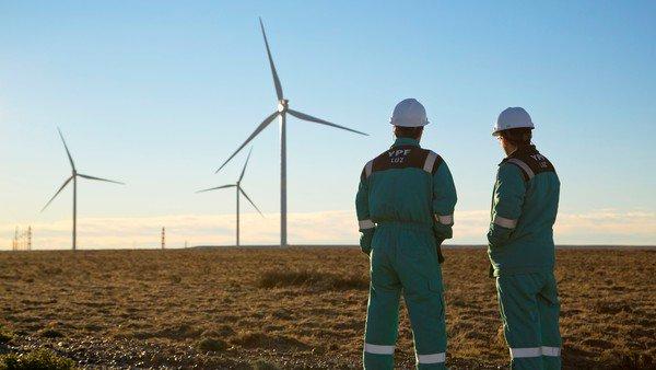 YPF la empresa con mayor provisión de energía renovable de Argentina