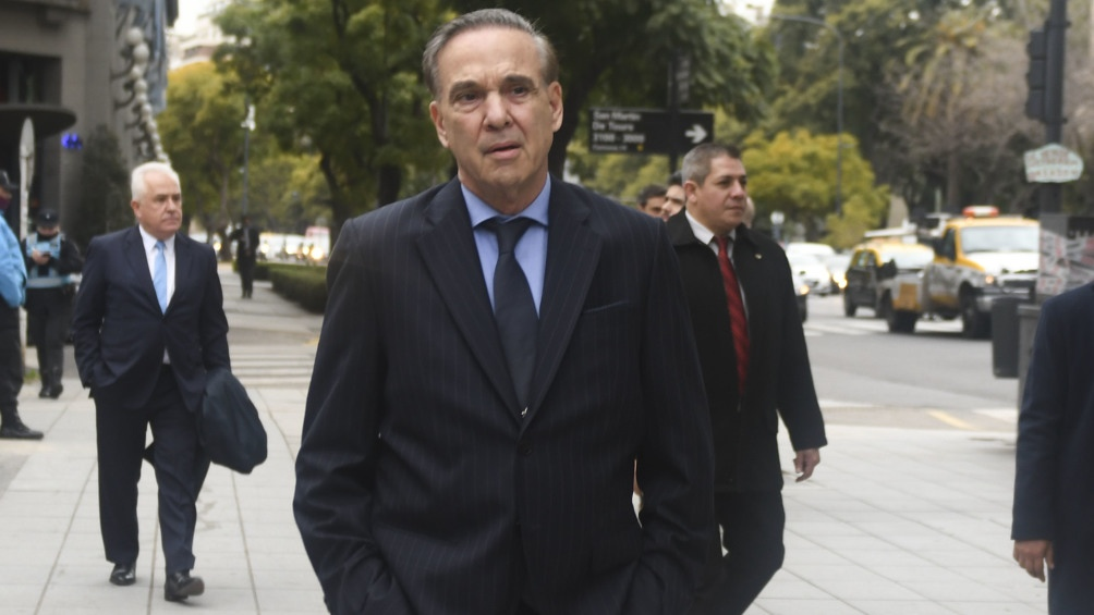 """Pichetto: """"No corran a buscar los depósitos porque los bancos tienen solvencia"""""""