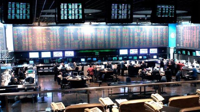 El S&P Merval continuó perdiendo. Las acciones que cotizan en Wall Street cayeron más de 7%