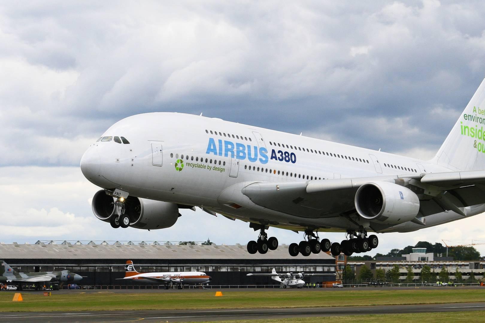 Transporte comienza a trabajar para retomar los vuelos regulares el fin de semana