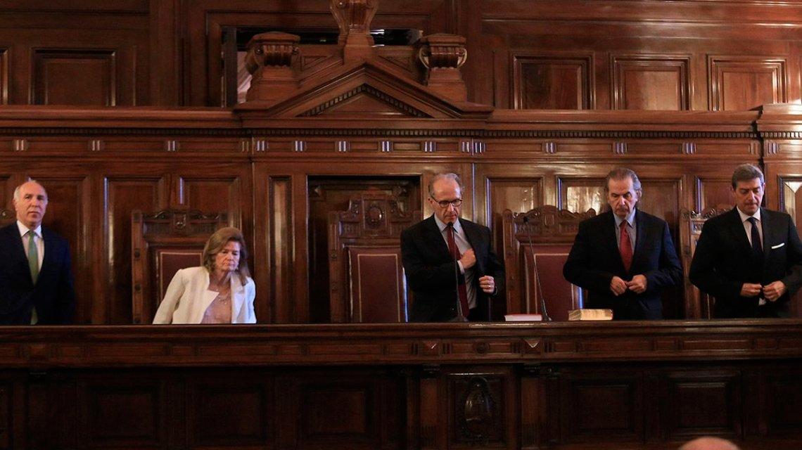 Clases presenciales: el decisivo fallo judicial se dilata en las vísperas de un nuevo DNU del Gobierno