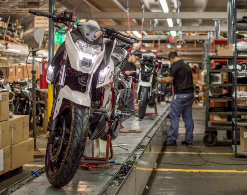 Patentamiento de motos cayó 40,5% en noviembre, según concesionarios