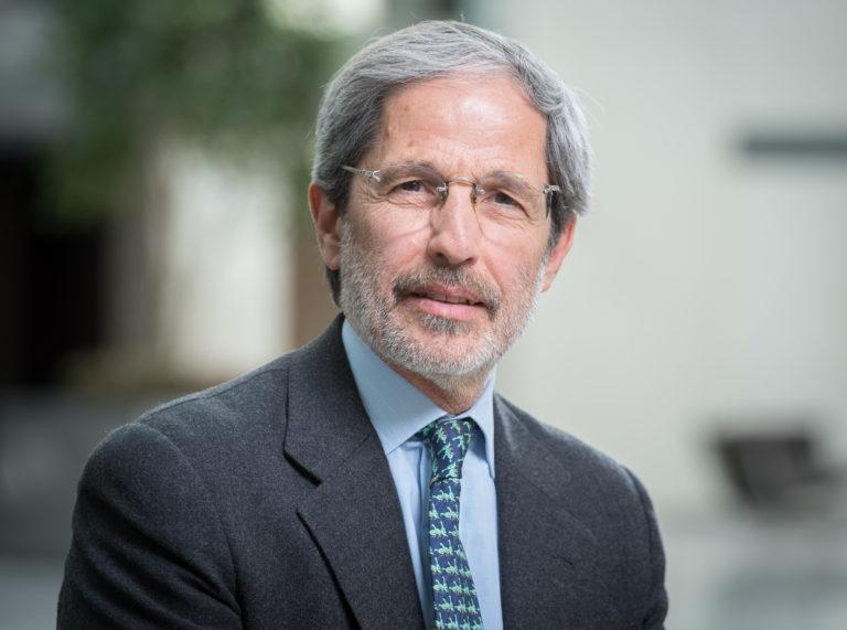 """Héctor Torres, ex FMI: """"Por el coronavirus, habría que declarar una cesación provisional de todos pagos de la deuda pública en divisas"""""""