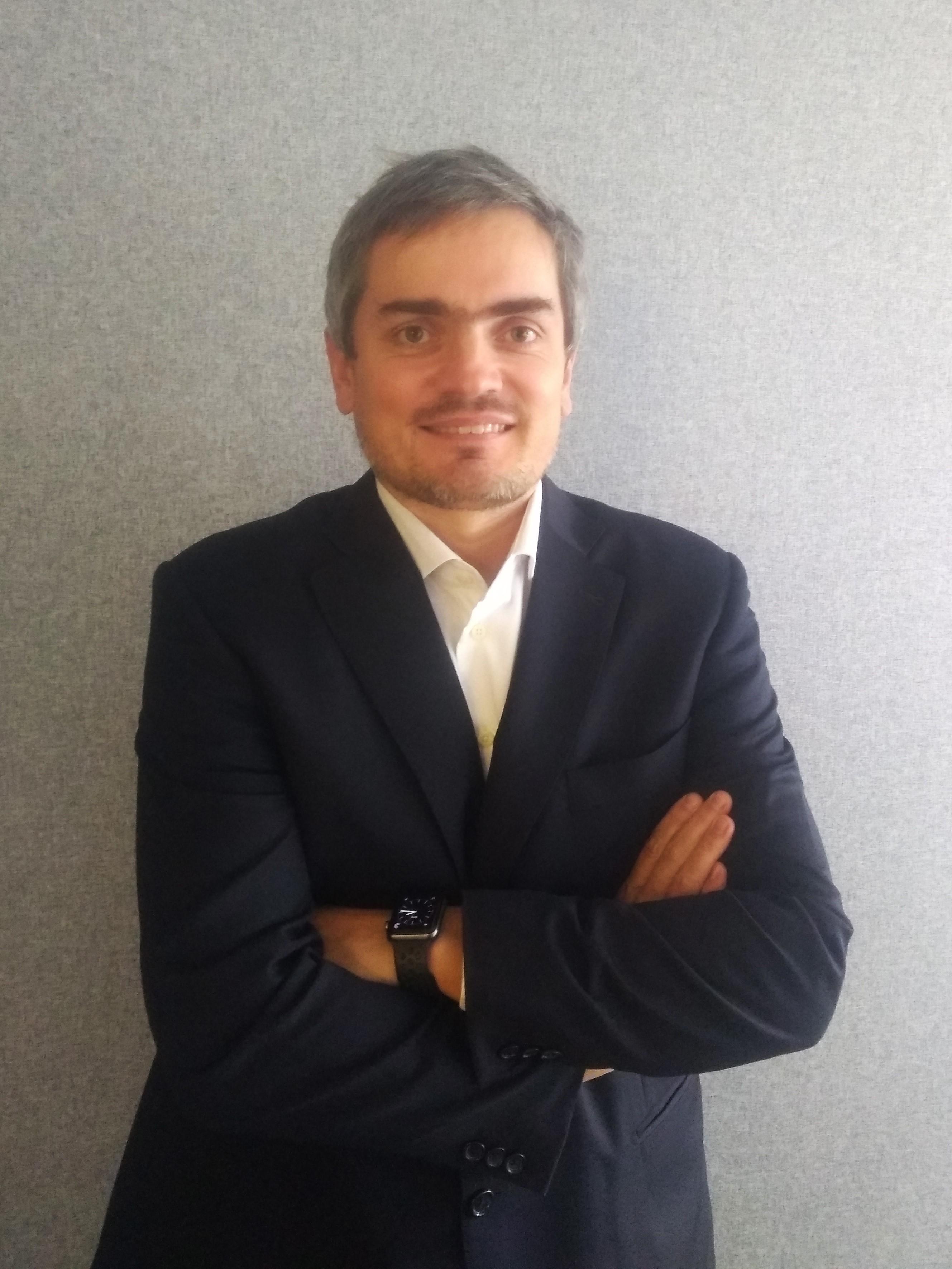 """Zuzek, CIO de SBS: """"Es momento de aumentar la dolarización de las carteras"""""""