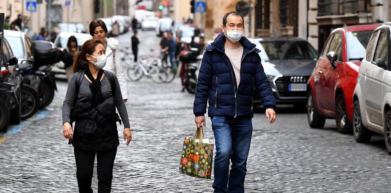 """Europa sigue multiplicando restricciones ante un avance del virus """"muy preocupante"""""""