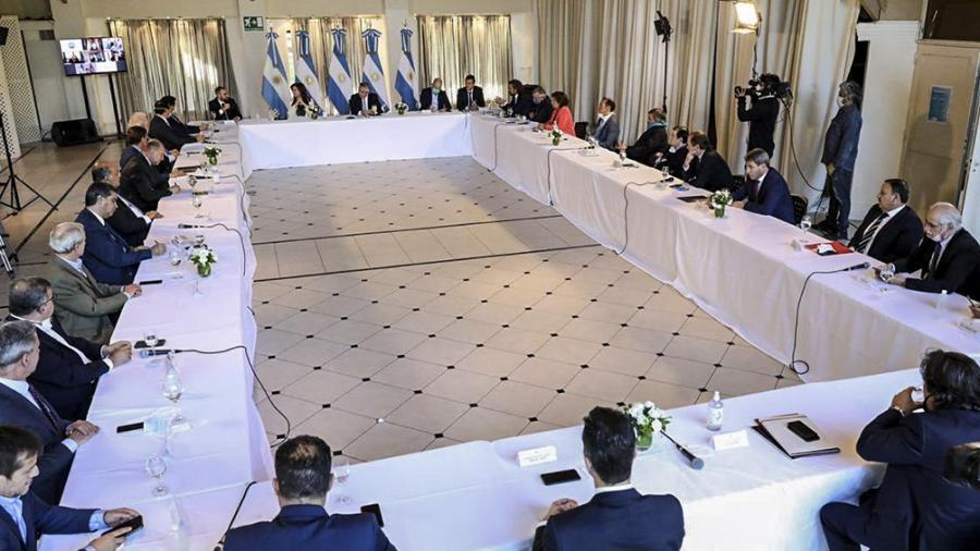 Los gobernadores buscan recuperar su lugar en la mesa de decisiones presidencial