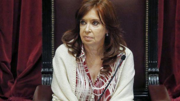 Cristina Kirchner agrega tensión a la pulseada con la Justicia