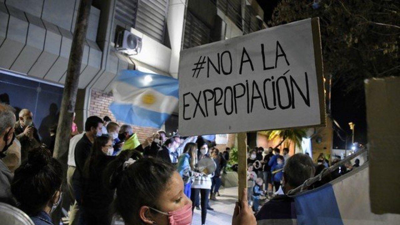 Expropiaciones argentinas: juicios, demandas pendientes y contratos rotos,