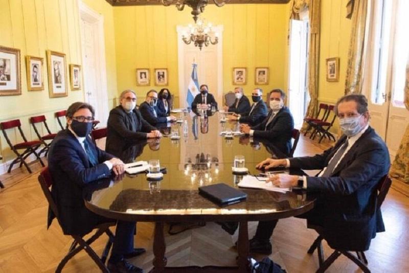 """Buscan impulsar exportaciones para generar """"dólares genuinos"""""""