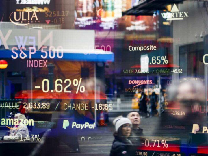 Mercados Globales: Acciones en alza y dólar cae antes de comunicado de la Fed