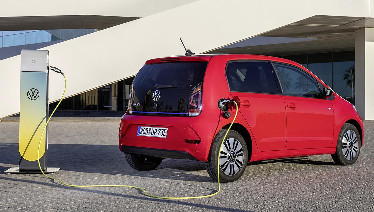 Volkswagen planea aumentar al doble sus ventas de vehículos eléctricos para 2030