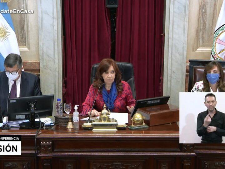 El Presidente firmó sin demoras el decreto y son desplazados dos camaristas y un juez