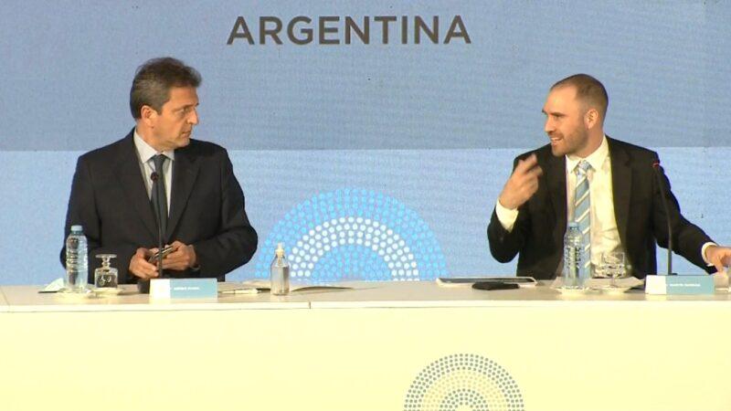 Con el telón de fondo de la caída de la economía y un blooper, Martín Guzmán defendió el Presupuesto 2020 y puso el foco en las reservas