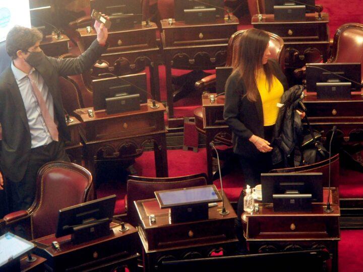 El proyecto para recortar más fondos a la Ciudad comenzó su trámite legislativo y alimenta otro capítulo de confrontación