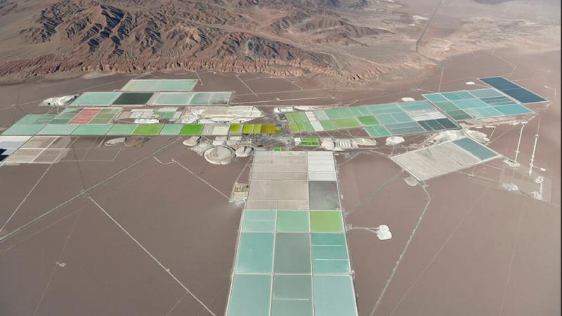 Litio, Chile: Tianqi sufre pérdida por quinto trimestre consecutivo