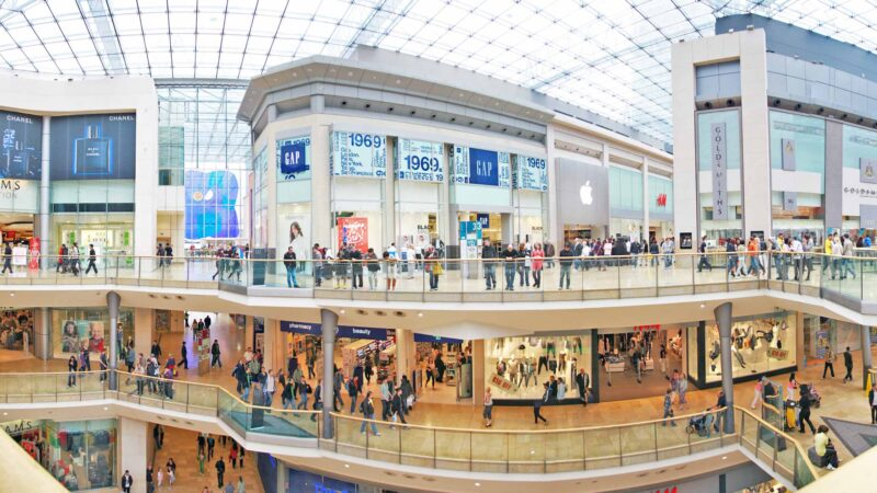 Las ventas minoristas en Estados Unidos crecieron más de lo esperado en septiembre