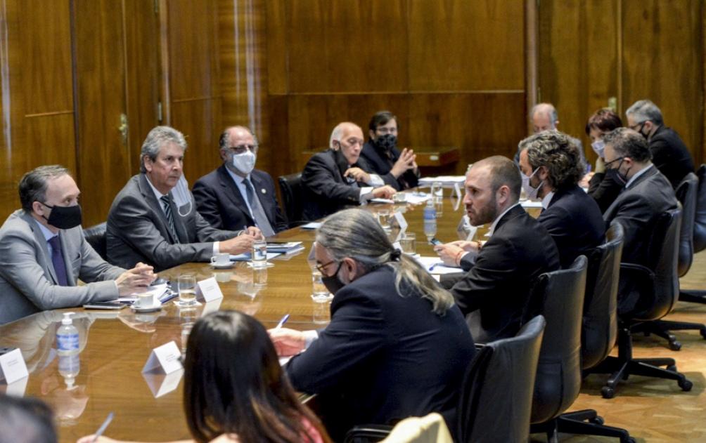 El Gobierno y una entidad empresaria acordaron ejes centrales para el desarrollo agroindustrial
