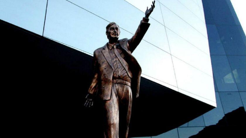 La interna oficialista volvió al centro de la escena y tiñó el homenaje a Néstor Kirchner