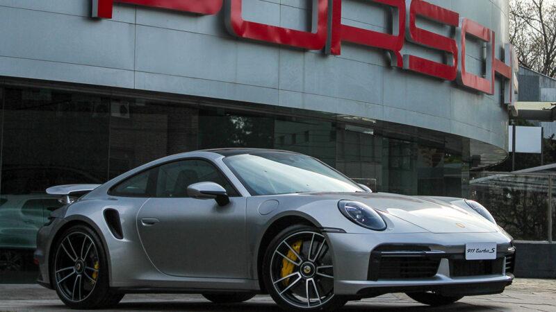Porsche presentó el nuevo 911 Turbo S en Argentina: 330 km/h y 700 mil dólares