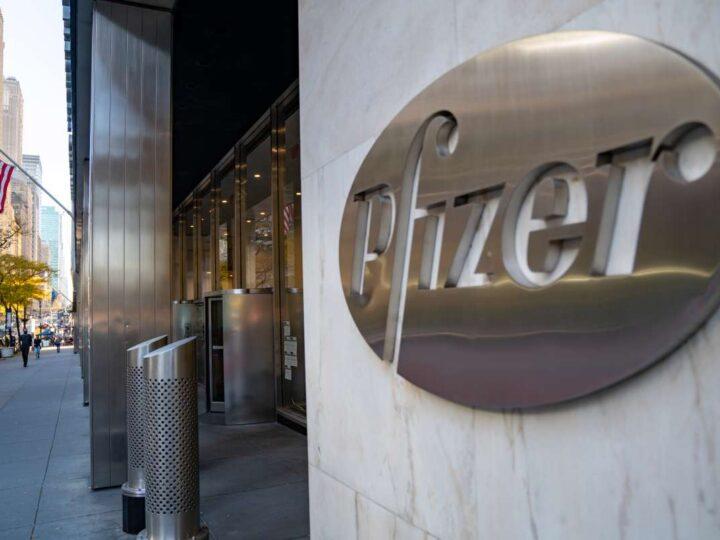 Pfizer eleva pronóstico de ventas