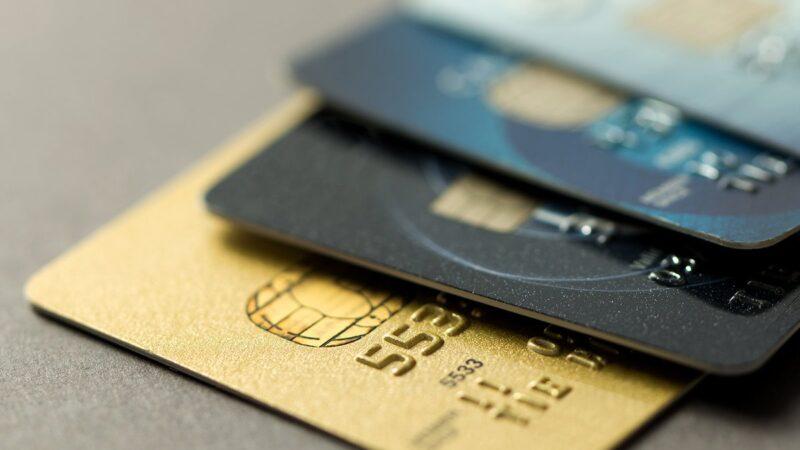 En Noviembre el consumo con tarjetas se incrementó un 10% interanual