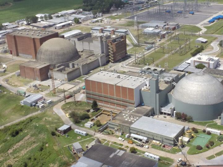Reino Unido impulsa a eliminar a los chinos del programa de energía nuclear