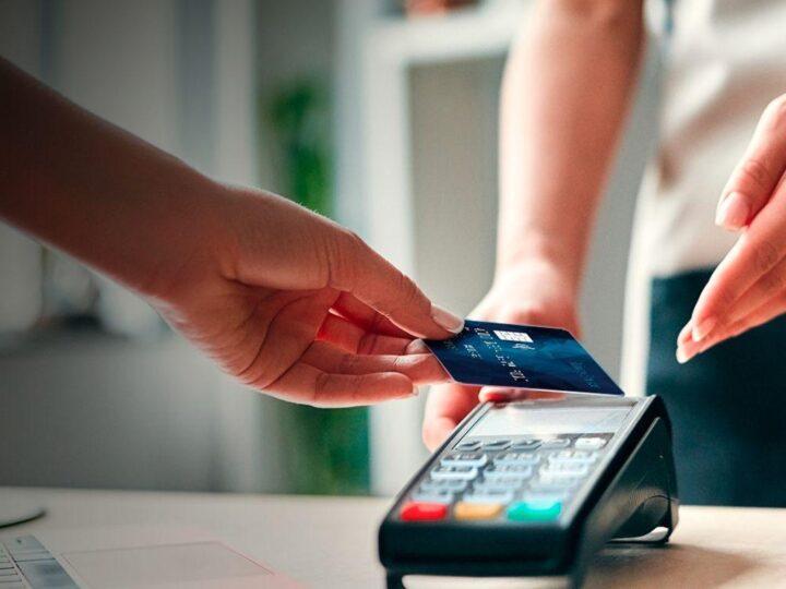 Con compras a corto plazo creció el uso de la tarjeta de crédito