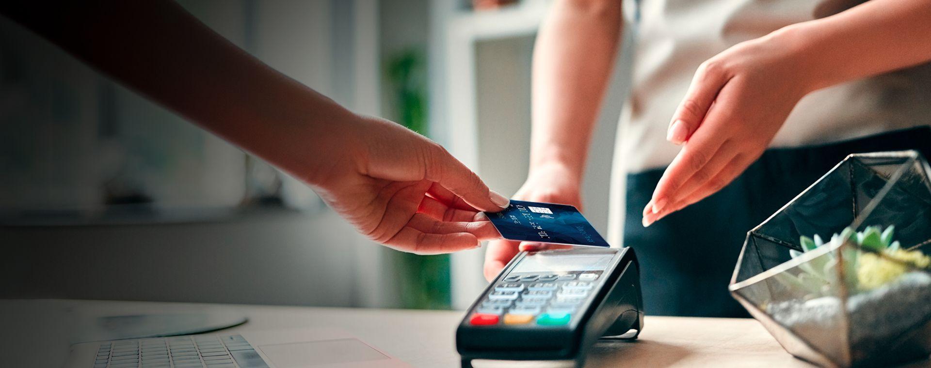 El uso de tarjetas de débito aumentó 14,29% en 2020