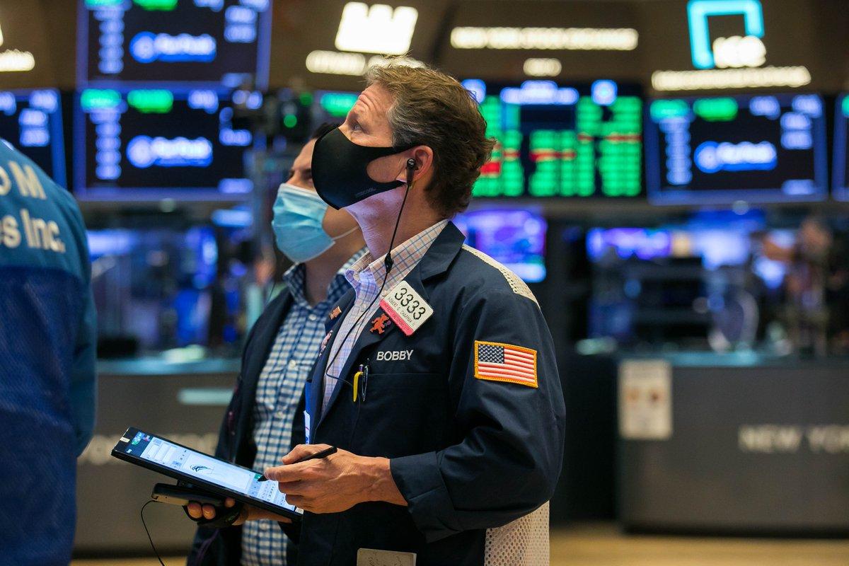Bajas en Wall Street por las demoras del estímulo
