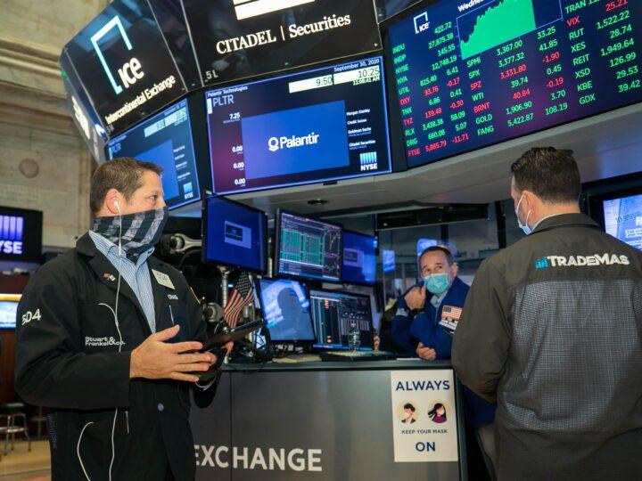 Derrumbe de precios en Wall Street por temor a inflación