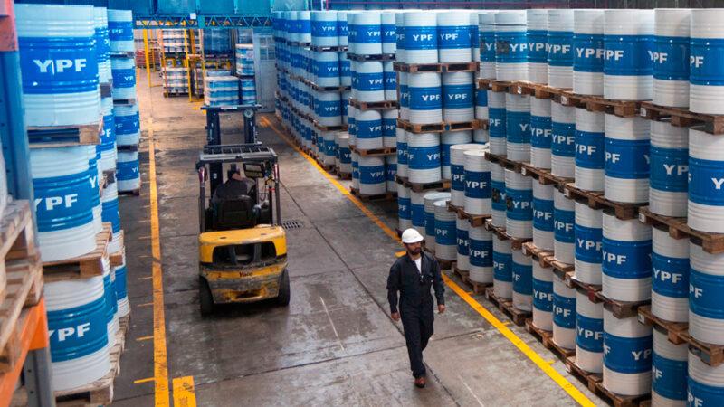 Pymes buscan que YPF sea incorporada en Compre Argentino