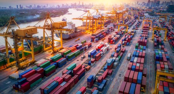 Se consolida la mejora del comercio exterior.  Hubo déficit de US$ 70 millones para Argentina