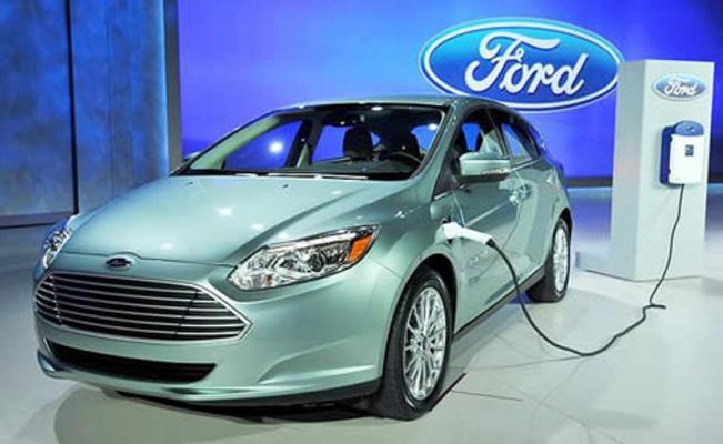 Ford se suma a la ola de cambio energético. Cambiará a automóviles eléctricos en Europa para 2030
