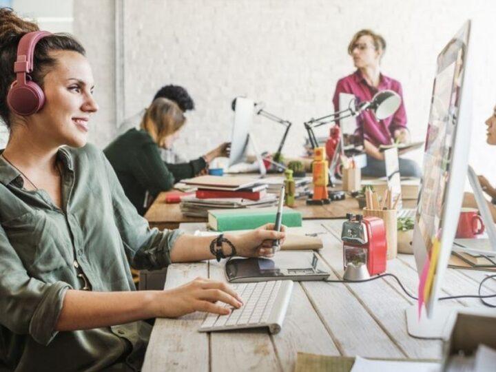 El 30% de los empleos en TIC son cubiertos por mujeres