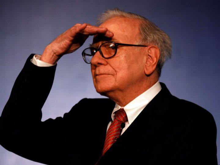 Buffett se deshice de casi toda su inversión en Wells Fargo y Chevron