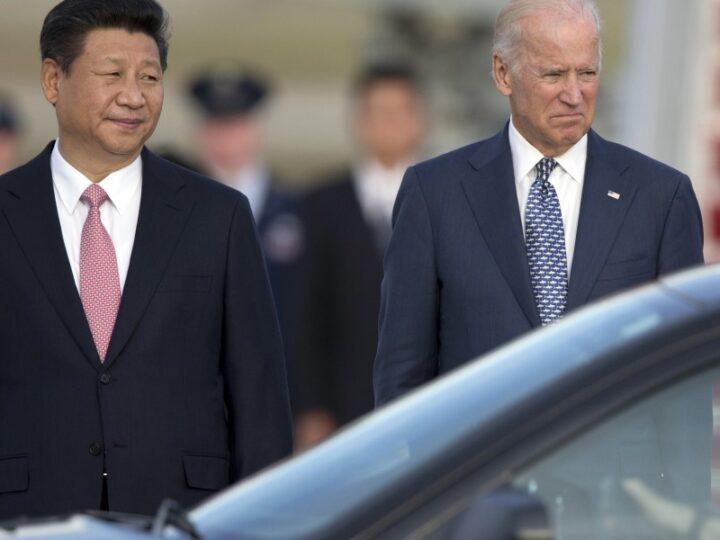 Joe Biden y XI Jinping  mantuvieron una comunicación telefónica