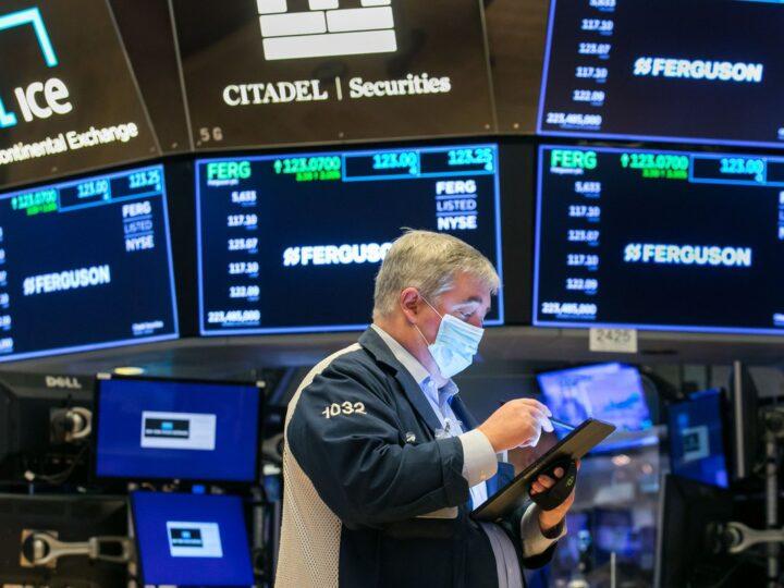 Cerraron a la baja los indicadores en Wall Street